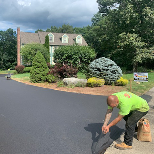 Commercial Paving Contractor near Manchester NH