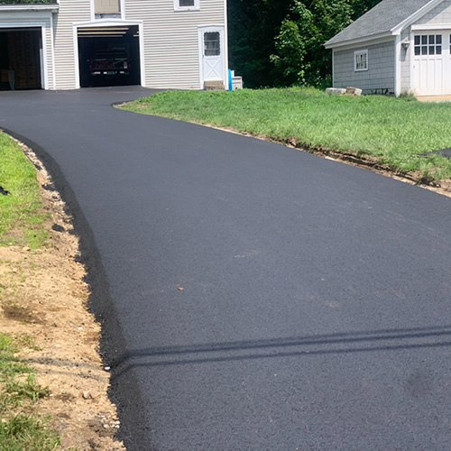 New Asphalt Driveway Paving Project in Bedford NH